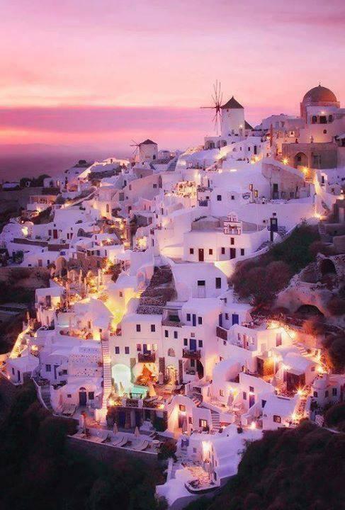 Abenddämmerung in Santorini, Griechenland