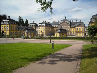 Bad-Arolsen-Germany-castles-9099903-2560-1920[1]